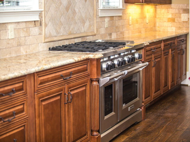 General Contractor/Kitchen & Bath