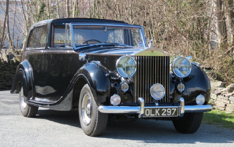 Luxury Vintage Cars For Rent In Spain