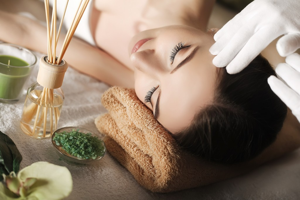Elegant Day Spa & Massage Therapy