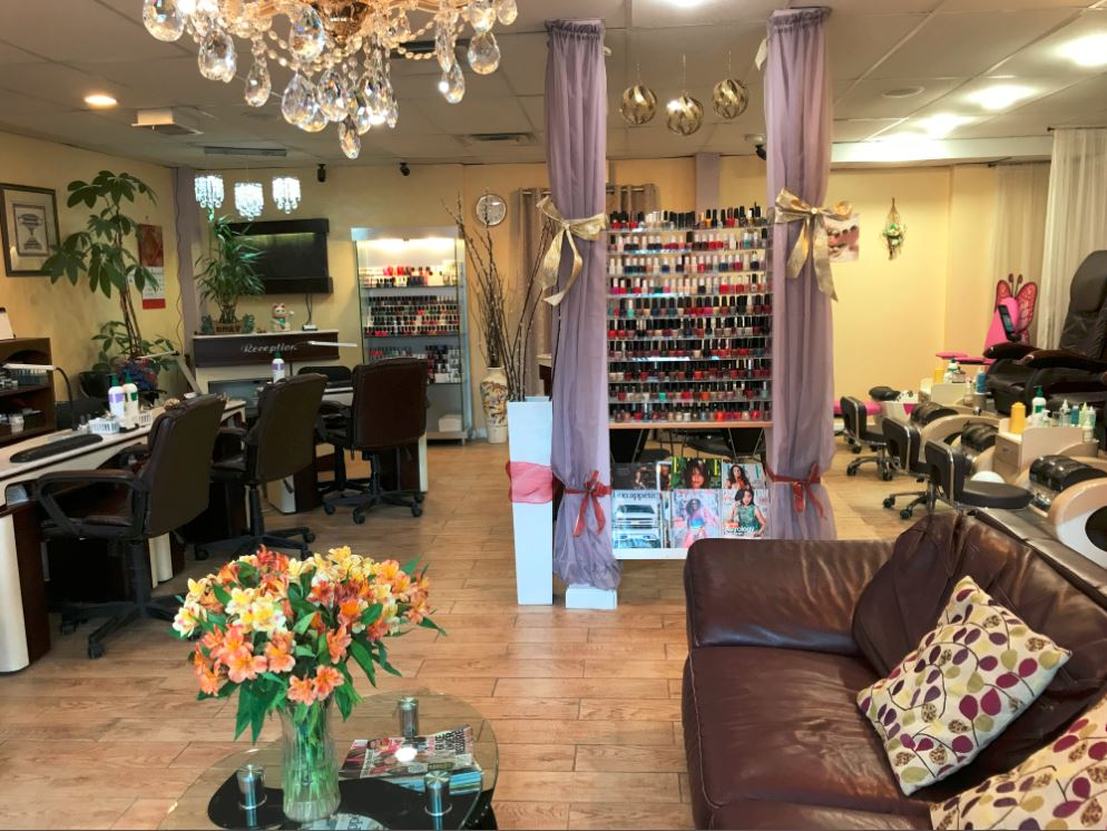 Price reduced! Beautiful Nail Salon & Sp