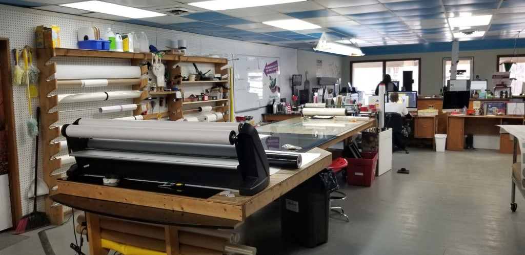 Sign Shop–Good Financials-SALE PENDING
